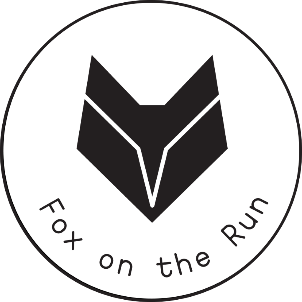 Green fox on the run - Femke Reynaert
